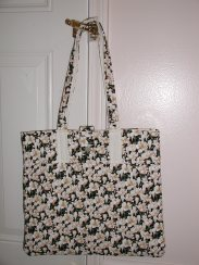 Ivory flowers quilted tote
